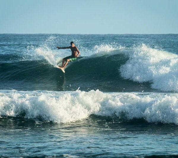 surfové kempy Francie